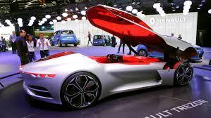 5auto futurista