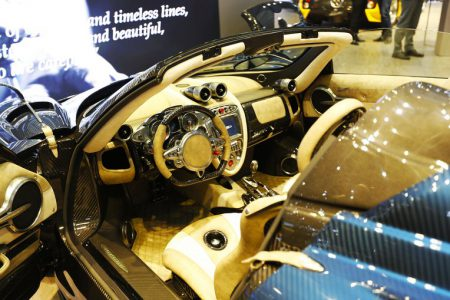 PAGANI - Huayra Roadster 3